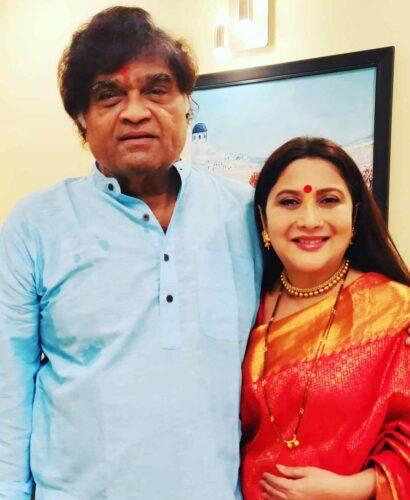 Nivedita Joshi Saraf with Ashok Saraf Husband