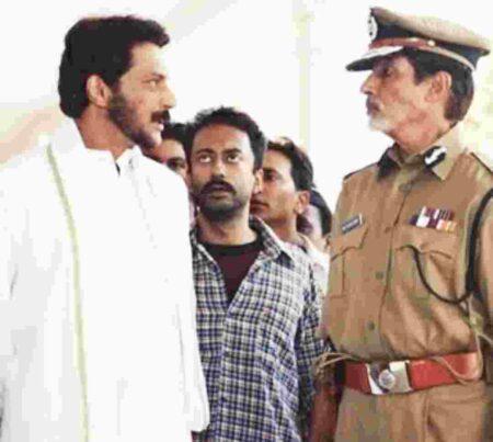 Milind Gunaji with amitabh bachan